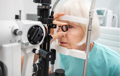 Senior woman getting her retina checked because of her glaucoma disease